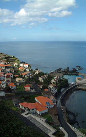 explore Madeira with car hire